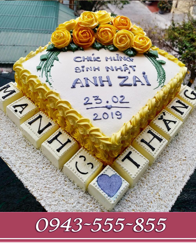 bánh kem bắt hoa tông vàng tặng sinh nhật anh zai