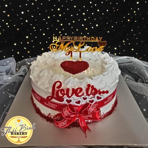bánh kem tim redves cắm chữ happy birthday my love