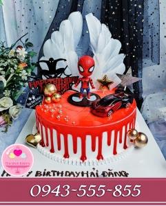 bánh người nhện dành tặng bé trai