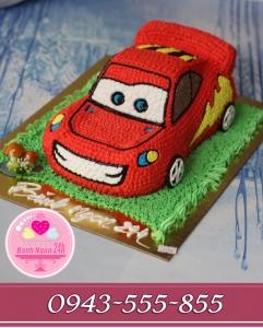 Bánh kem ô tô mc queen đường đua