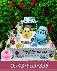 Bánh kem 3D ô tô tặng bé sinh nhật tuổi gà