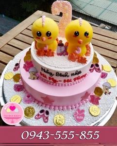 Bánh kem 3d  tặng bé sinh đôi tuổi con gà