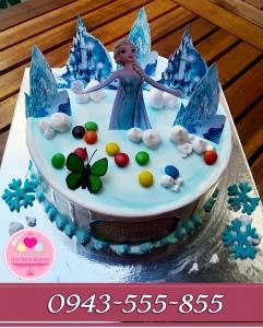 Bánh gato sinh nhật chủ đề nữ hoàng băng giá Elsa
